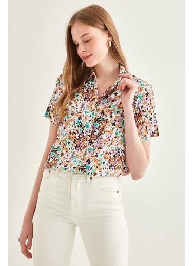Vitrin Mini Cep Detaylı Kısa Kol Gömlek Vizon